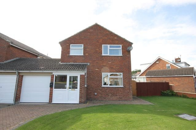 Thumbnail Detached house for sale in Bardney Road, Hunmanby