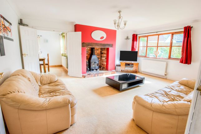 Thumbnail Detached house for sale in Hill Lane, Upper Quinton, Stratford Upon Avon