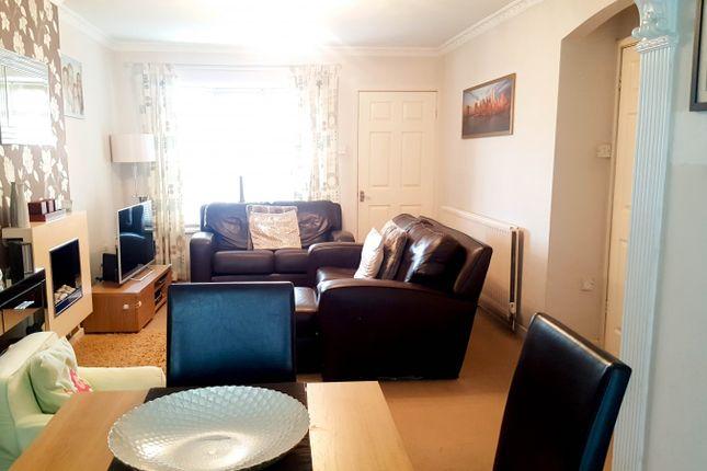 Lounge of Dykelands Way, South Shields NE34