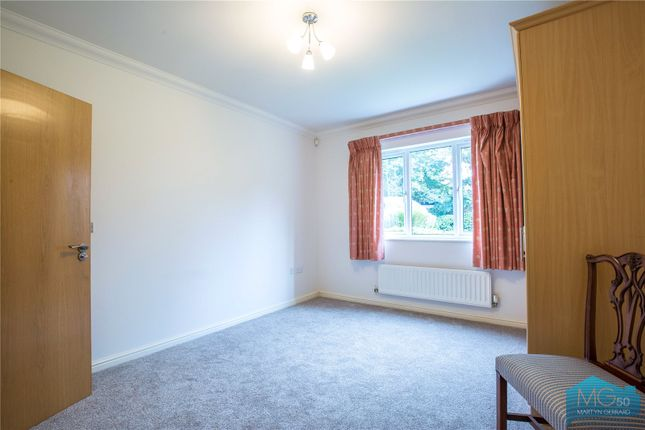 Picture No. 10 of Burberry Court, 15 Etchingham Park Road, Finchley, London N3