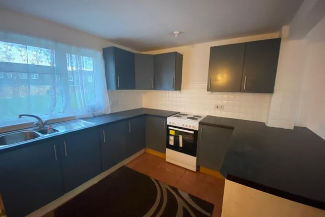 Thumbnail Property to rent in Irwell, Tamworth