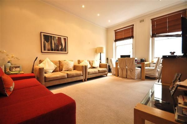 2 bed flat to rent in Ashburn Gardens, London SW7