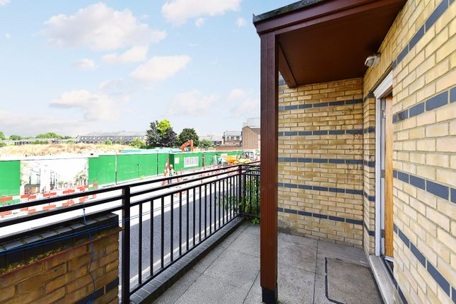 St Davids Square Canary Wharf London E14 5 Bedroom Town House For Sale 45130539