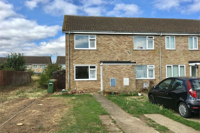 2 bed semi-detached house to rent in Warren Close, Irchester, Northamptonshire NN29