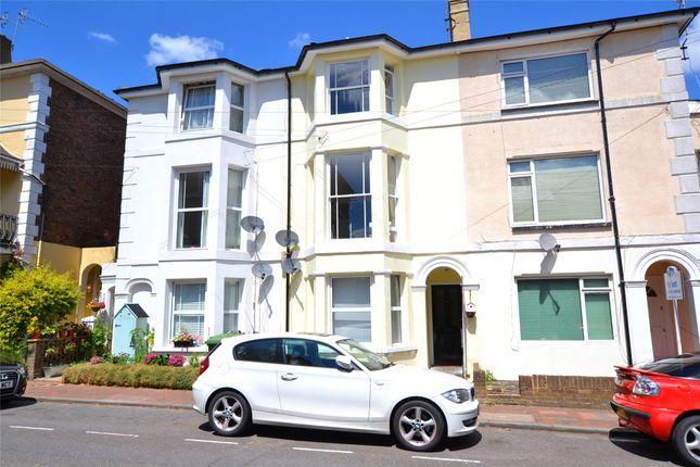 Thumbnail Terraced house for sale in York Road, Tunbridge Wells, Kent