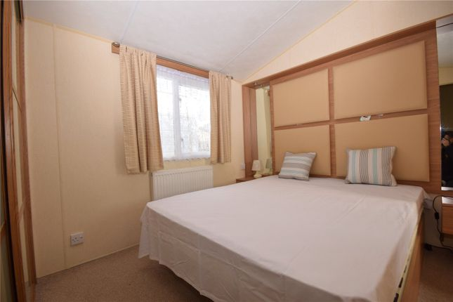 Bedroom One of Sunnydale Holiday Park, Sea Lane, Saltfleet LN11