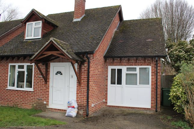 Studio to rent in Medway Close, Thatcham RG18