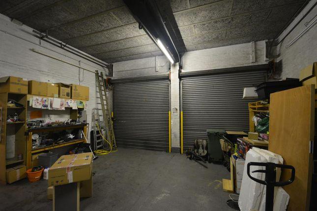 Garage/Loading Bay