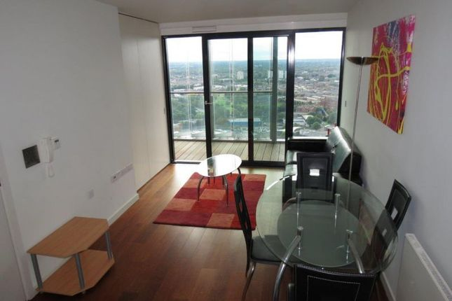 Thumbnail Flat to rent in Beetham Tower, 301 Deansgate, Deansgate