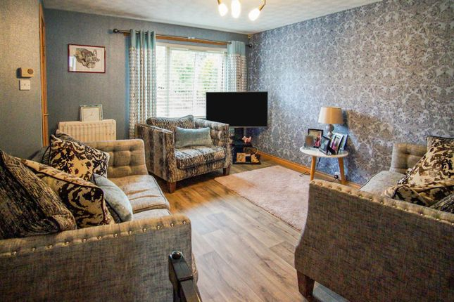 Lounge of Aberlady Crescent, Dundee DD4