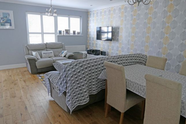 Lounge/Diner of Ayelands, New Ash Green, Longfield DA3