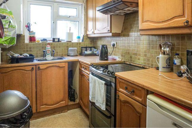 Kitchen of Chapel Terrace, Par PL24