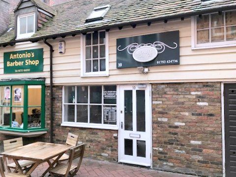 Thumbnail Retail premises to let in George V Courtyard, 1 Thames Avenue, Windsor