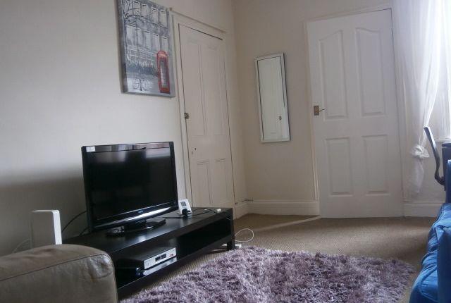 Thumbnail Maisonette to rent in King John Terrace, Heaton