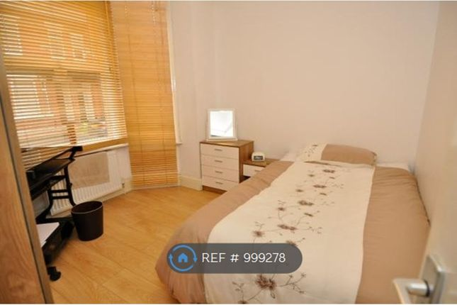 Room to rent in Furness Road, Manchester M14