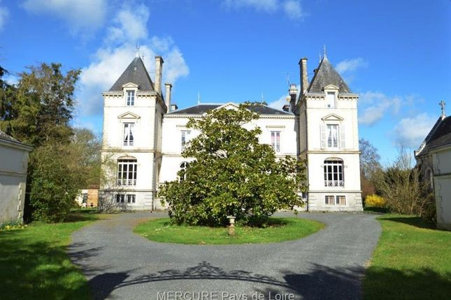 Thumbnail Property for sale in Le Mans, Pays De La Loire, 72000, France