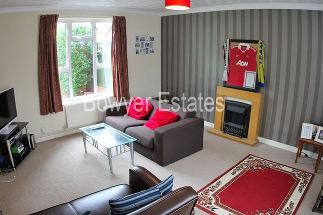 2 bed property for sale in Alfred Street, Castle, Northwich, Cheshire.