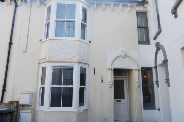 Thumbnail Flat to rent in Sea View Square, Herne Bay