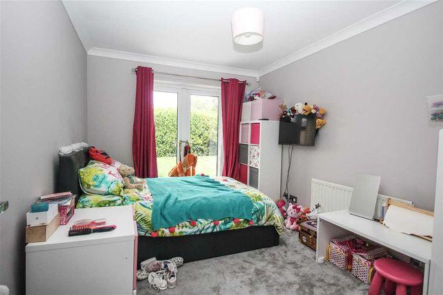 Bedroom 2 ( West )