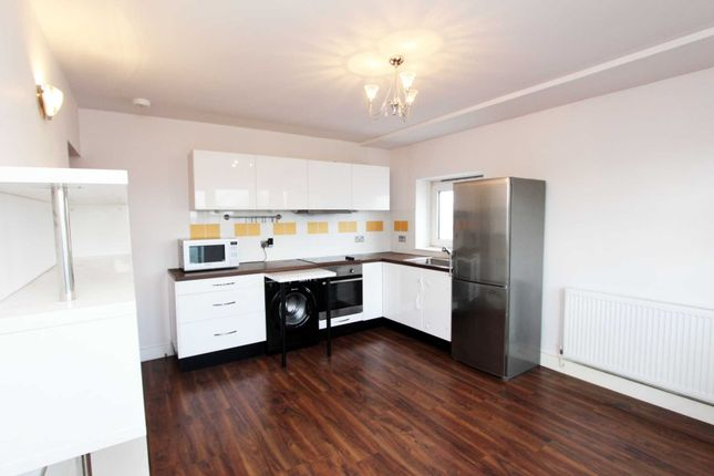 Thumbnail Flat to rent in Old Montague Street, London
