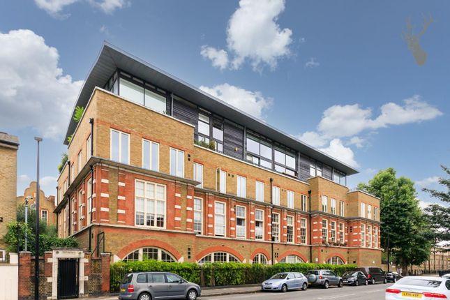 4 bed flat for sale in Clark Street, London E1