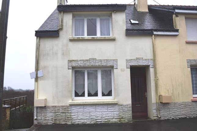 Thumbnail End terrace house for sale in 56770 Plouray, Morbihan, Brittany, France