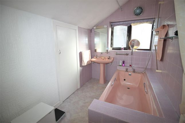 Bathroom of Maple Tree Grove, Heswall, Wirral CH60