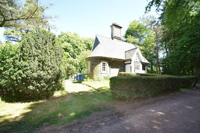 Thumbnail Cottage to rent in Gate Lodge, Symington House, Symington