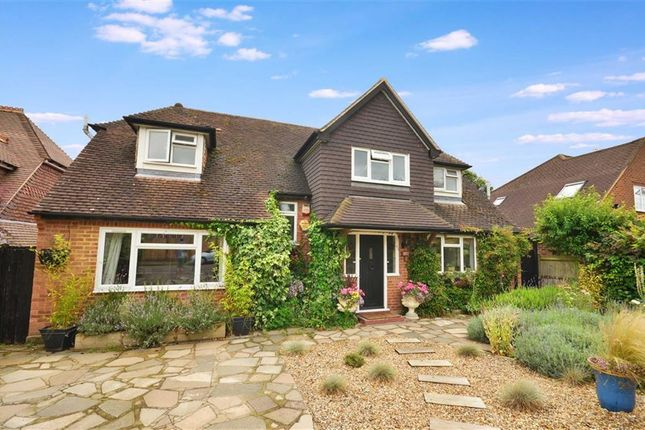 Thumbnail Detached house for sale in Highfield Way, Rickmansworth, Hertfordshire