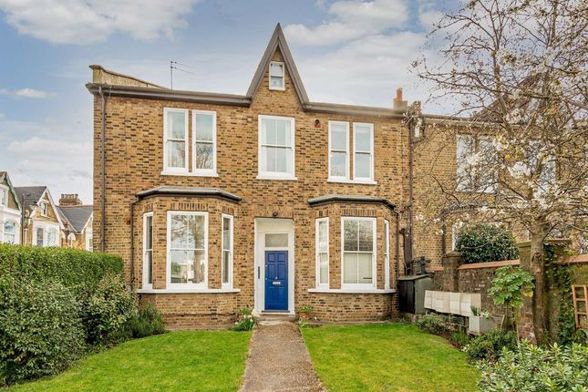2 bed flat for sale in Dartmouth Park Hill, London N19