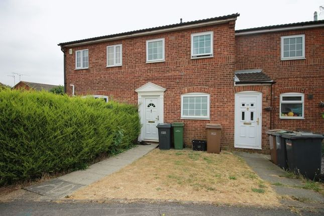 Thumbnail Terraced house to rent in Lindsay Road, Luton