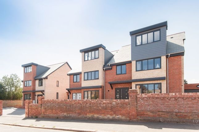 Thumbnail Property for sale in Cyprus Road, Exmouth