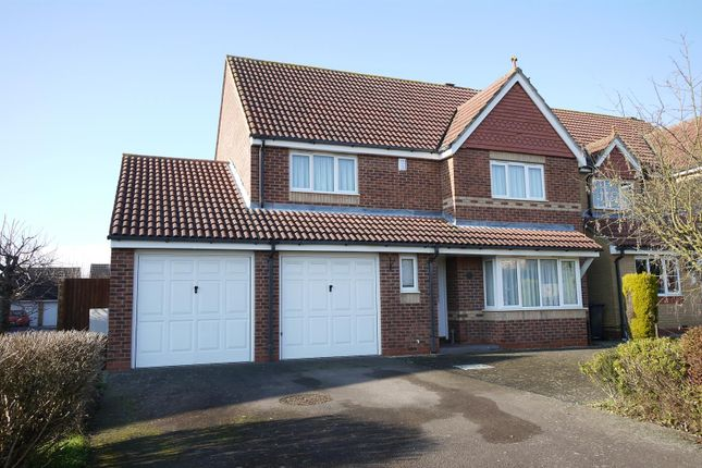 Thumbnail Detached house for sale in Richardson Crescent, Cheshunt, Waltham Cross