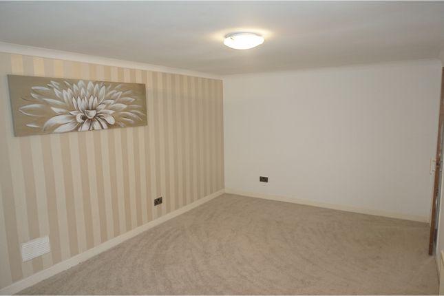Thumbnail Flat to rent in Abbeygreen, Lanark