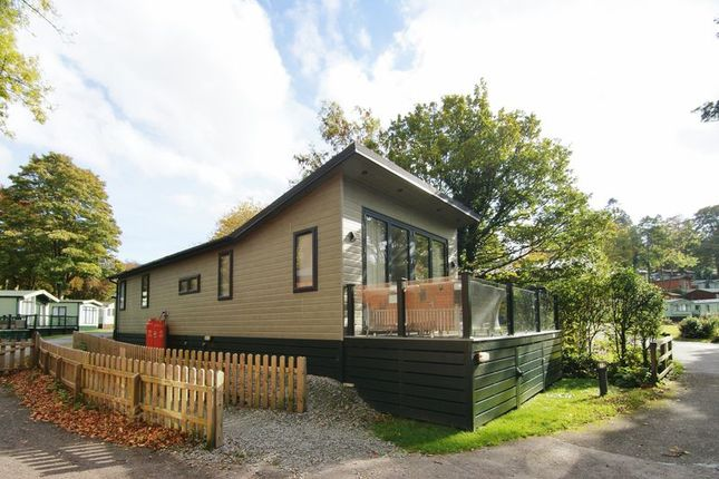 Thumbnail Mobile/park home for sale in Fallbarrow, Rayrigg Road, Windermere
