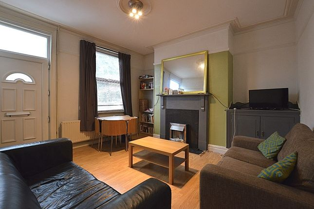 Thumbnail Terraced house to rent in Station Parade, Leeds