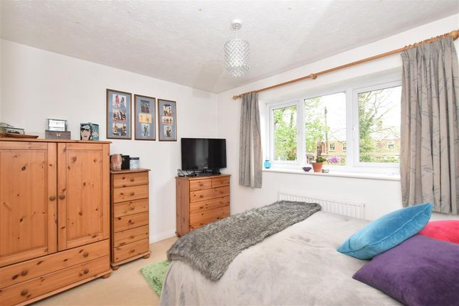 Thumbnail Terraced house for sale in Newfield Road, Liss, Hampshire