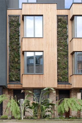 Thumbnail Mews house for sale in Eden House, New Road, London
