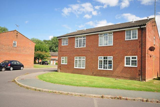 Thumbnail Flat to rent in Woodhatch, Southwater, Horsham