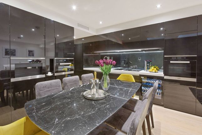 Thumbnail Semi-detached house for sale in Halliford Street, Islington, London