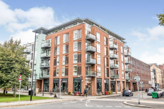 Thumbnail Flat for sale in Bell Avenue, Bristol