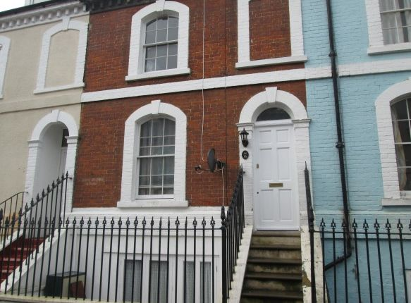 Thumbnail Town house to rent in Victoria Street, Harwich, Essex