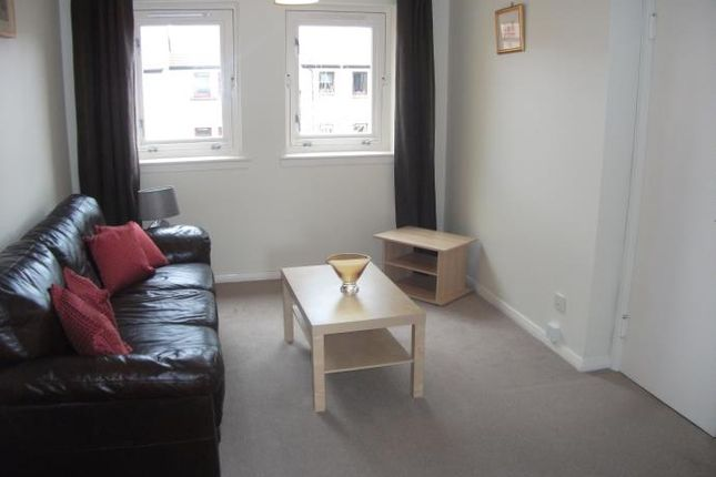 Thumbnail Flat to rent in Coxfield, Edinburgh
