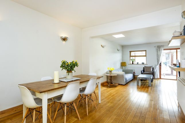 Thumbnail End terrace house to rent in Hartfield Crescent, London