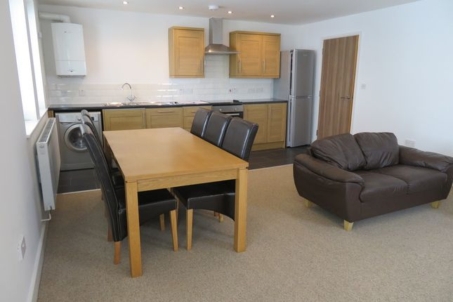 Thumbnail Flat to rent in Cathedral Court, Cross Street, Hereford