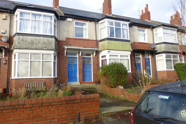 3 bed flat to rent in Valley View, Jesmond, Newcastle Upon Tyne