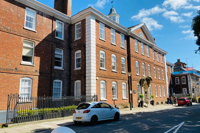 Thumbnail Flat to rent in Dean Clarke House, Southernhay East, Exeter