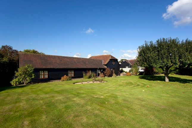 3 bed barn conversion for sale in Brighton Road, Horsham