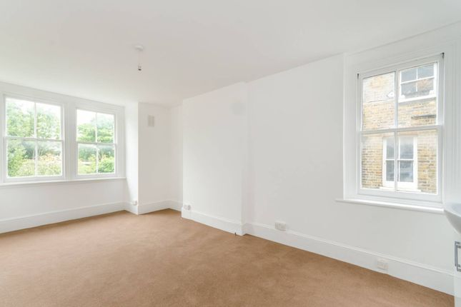 Thumbnail Flat to rent in Oakhill Road, East Putney, London