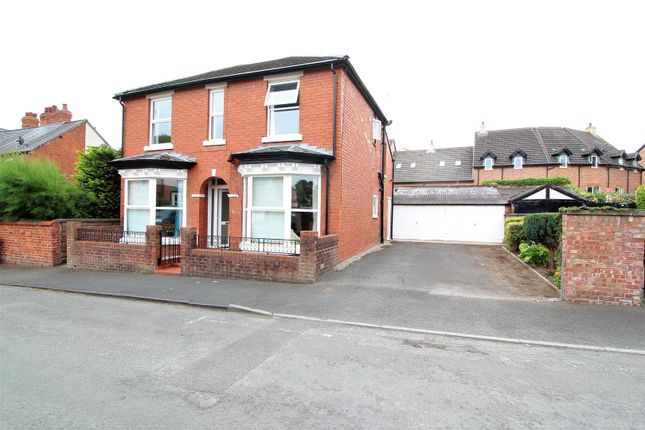 Thumbnail Detached house to rent in Holbache Road, Oswestry